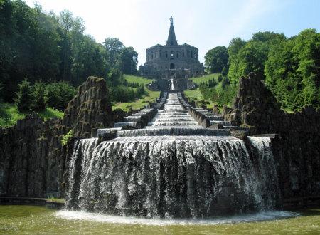 Herkules mit Kaskaden (c) Stadt Kassel